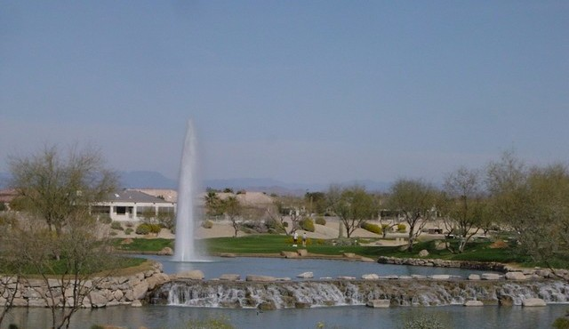 Fountain and lakes at Sun City Grand in Surprise Arizona