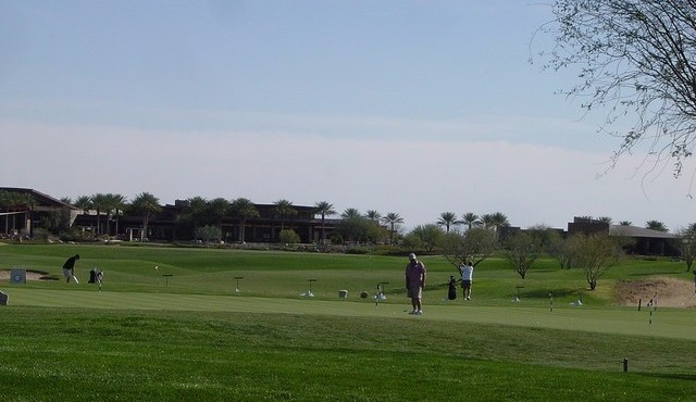 Putting and chipping in Trilogy at Vistancia in Peoria Arizona